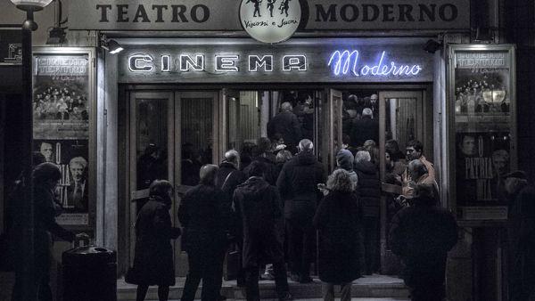 Cinema Teatro moderno: la programmazione delle feste con tutti i film