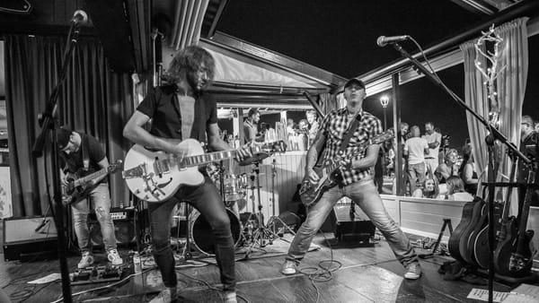 Il grande rock a stelle e strisce con la Hernandez & Sampedro band