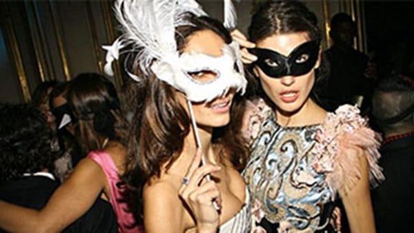 Musica e maschere in discoteca con il Carnevale Over 30