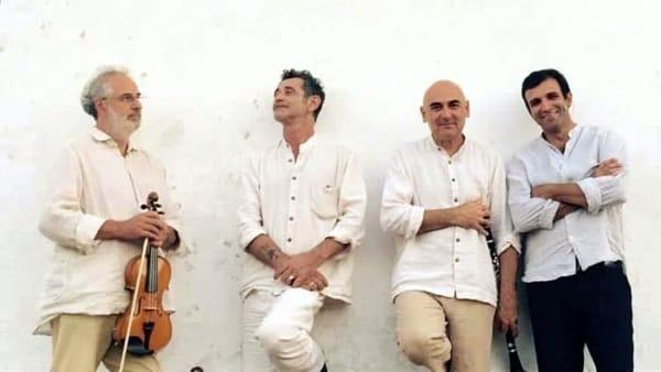 """Luigi D'Elia e i Bevano Est in scena con i """"Preludi all'amore"""""""