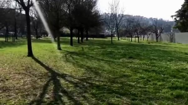 Lattuca a 'caccia' di assembramenti, il sindaco perlustra i parchi della città