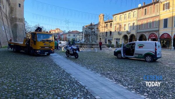 incidente piazza del popolo 2