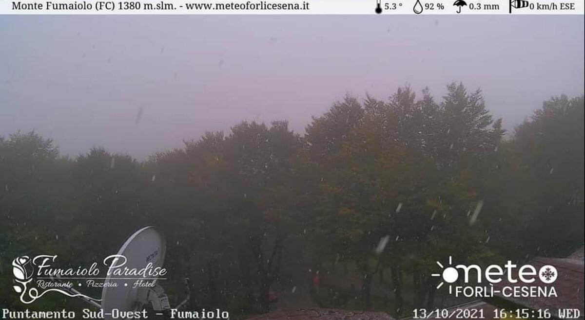 Temperature in picchiata, arrivano le prime nevicate sul Monte Fumaiolo