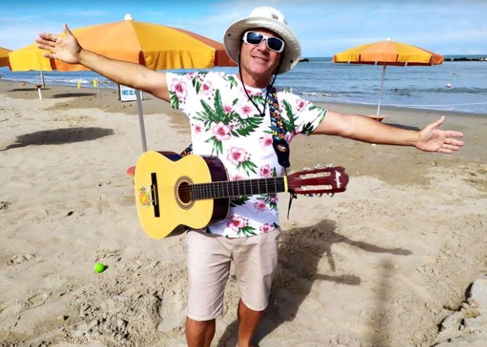 Musica, anche Betobahia saluta l'estate con un nuovo tormentone social