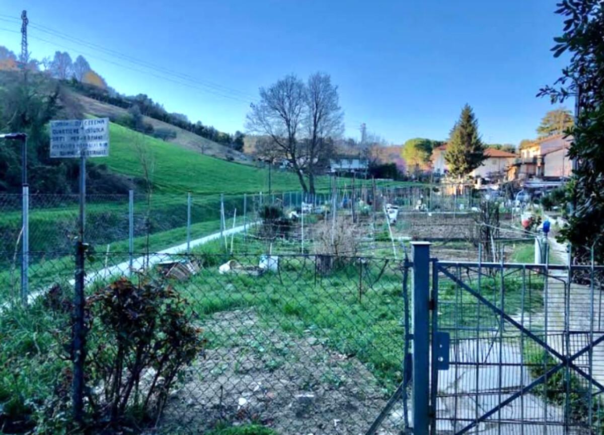 Tutto pronto per una nuova casetta per gli orti comunali all'interno del parco Cesuola